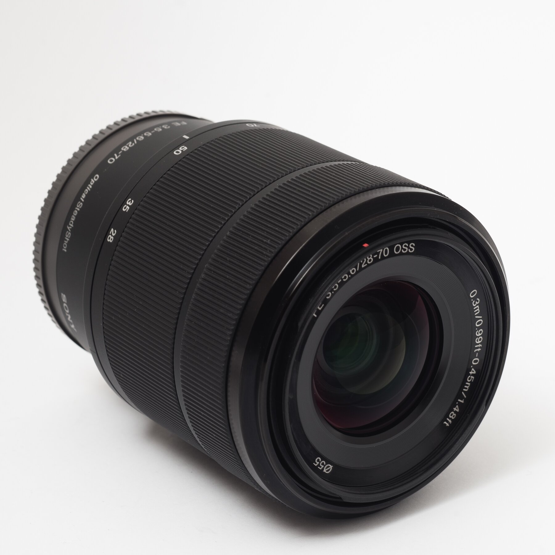 Об'єктив Sony FE 28-70mm f/3.5-5.6 OSS (E-mount) SEL2870